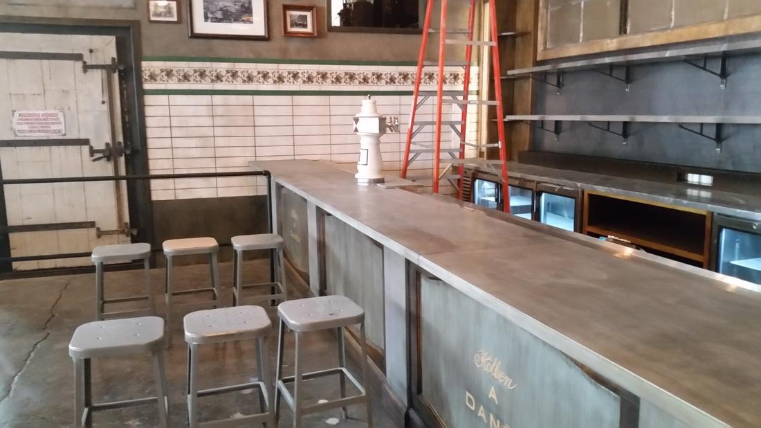 Zinc Bar And Shelves Queen Ann Hall Wa European